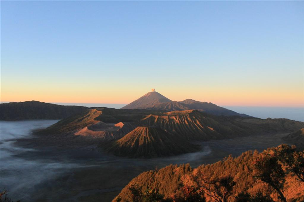 Alba sul vulcano