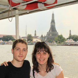 In barca al Wat Arun