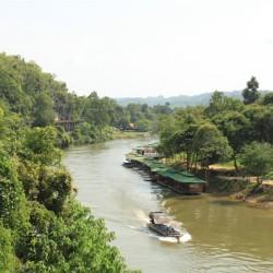 Lungo il River Kwae
